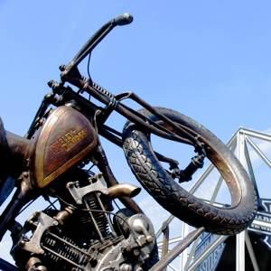 Harley_Davidson_-_Kath_Usitalo_300x300Web.jpg