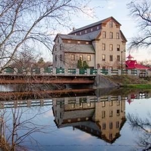 Cedarburg---Jake-Meier_300x300Web.jpg